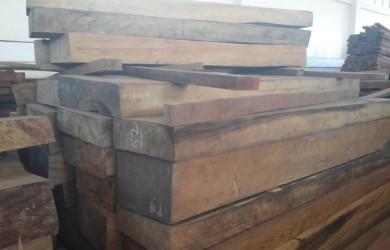 라오스산 히노끼(편백나무) 각재